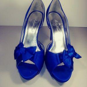 Michaelangelo Maribelle Blue Heels